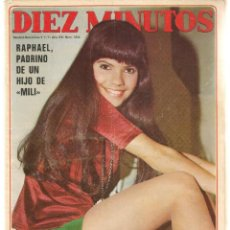 Coleccionismo de Revista Diez Minutos: DIEZ MINUTOS. Nº 1036. RAPHAEL; PAQUITA TORRES; POSTERS. RENNE, SUSAN Y NURI. / VALEN. 3/7/71(P/B71). Lote 155926990