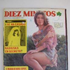Coleccionismo de Revista Diez Minutos: INCLUYE POSTER MICHAEL LANDON Y CLAUDIA GRAVI. DEZ MINUTOS. Lote 182825321