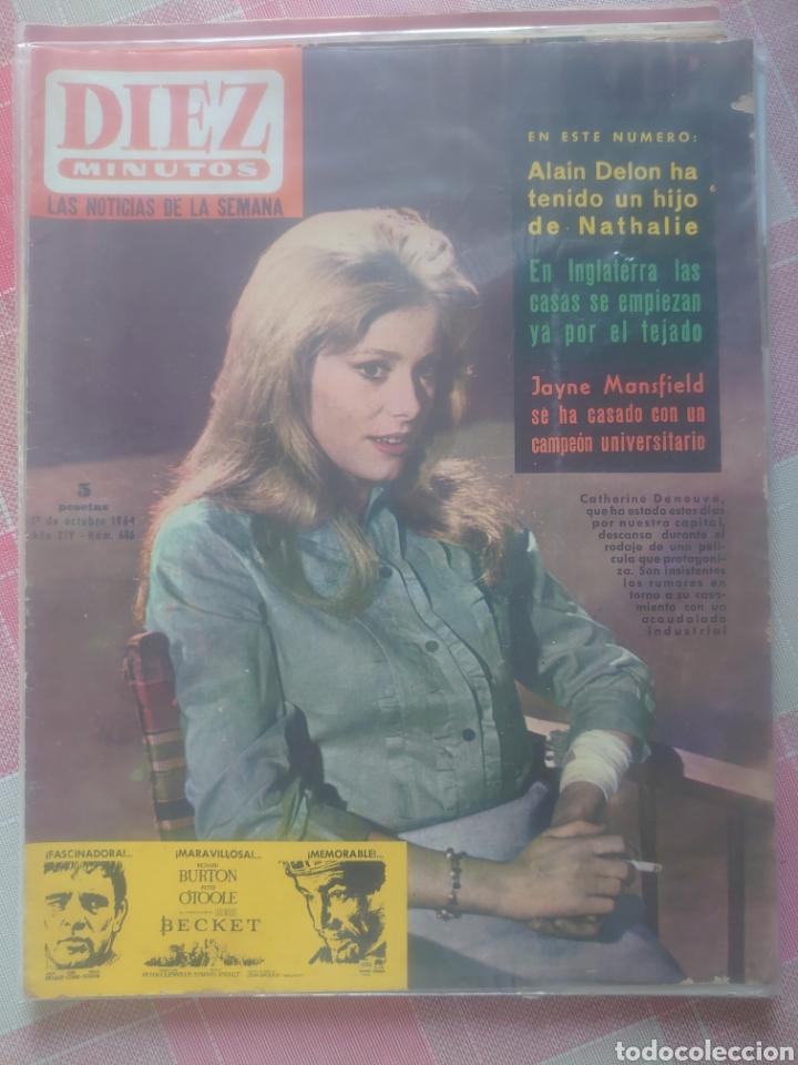 CATHERINE DENEUVE REVISTA DIEZ MINUTOS OCTAVIO 1964... (Coleccionismo - Revistas y Periódicos Modernos (a partir de 1.940) - Revista Diez Minutos)