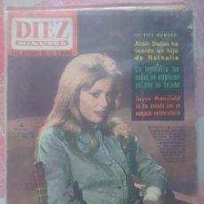Coleccionismo de Revista Diez Minutos: CATHERINE DENEUVE REVISTA DIEZ MINUTOS OCTAVIO 1964.... Lote 218962132