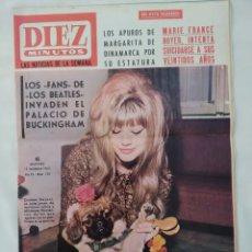 Coleccionismo de Revista Diez Minutos: REVISTA DIEZ MINUTOS NUM.742, BEATLES,SOPHIE DAUMIER,ZSA ZSA GABOR. Lote 288016778