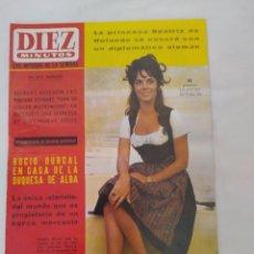 Coleccionismo de Revista Diez Minutos: REVISTA DIEZ MINUTOS NUM.723, ROCÍO DÚRCAL,HELENIO HERRERA,JAMES BOND. Lote 288533743