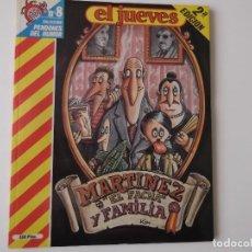 Coleccionismo de Revista El Jueves: EL JUEVES - PENDONES DEL HUMOR 8. MARTINEZ EL FACHA Y FAMILIA DE KIM. Lote 152168206