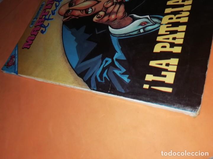 Coleccionismo de Revista El Jueves: MARTINEZ EL FACHA. KIM. EL JUEVES. PENDONES DEL HUMOR Nº 1, 8, 18 Y 25. - Foto 5 - 215614928