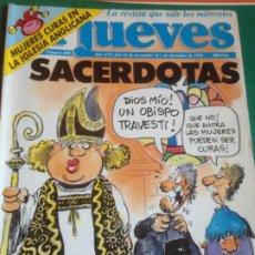 Coleccionismo de Revista El Jueves: EL JUEVES 809 - 25 NOVIEMBRE AL 1 DICIEMBRE 1992 - SACERDOTAS - POSTER BEATLES LOVE ME DO. Lote 222786482
