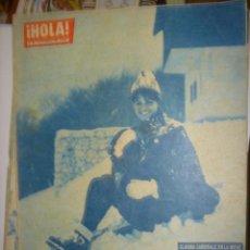 Coleccionismo de Revista Hola: R.HOLA AÑO 1962 N-911(CLAUDIA CARDINALE EN LA NIEVE,ESPERA FABIOLA UN BEBE?. Lote 37428004