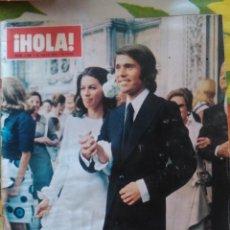 Coleccionismo de Revista Hola: RECORTES BODA RAPHAEL NATALIA FIGUEROA. Lote 42837497
