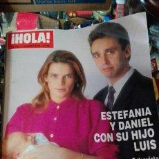 Coleccionismo de Revista Hola: REVISTA HOLA ESTEFANIA Y DANIEL. Lote 71463551