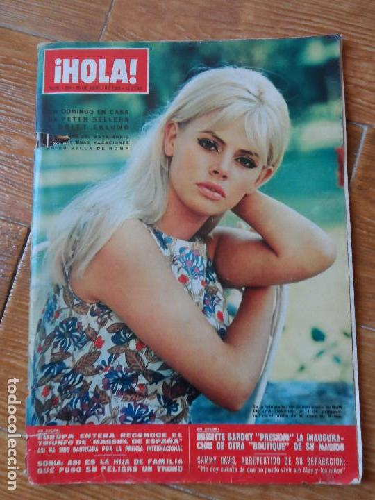 REVISTA HOLA - BRIGITTE BARDOT - MASSIEL - SOFIA LOREN - (Coleccionismo - Revistas y Periódicos Modernos (a partir de 1.940) - Revista Hola)