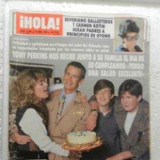 Coleccionismo de Revista Hola: HOLA REVISTA Nº 2384 - ABRIL 1990 - IRMA SORIANO - ISABEL PANTOJA . Lote 143341962