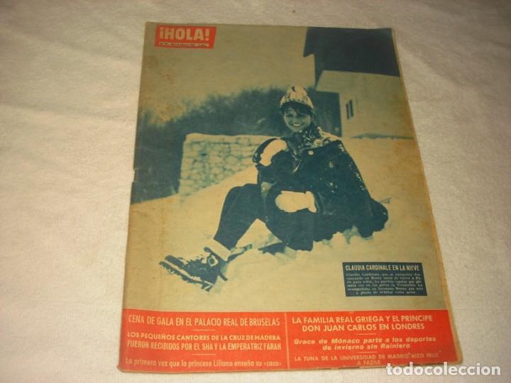 ¡ HOLA ! Nº 911. CLAUDIA CARDINALE EN LA NIEVE . (Coleccionismo - Revistas y Periódicos Modernos (a partir de 1.940) - Revista Hola)