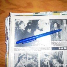 Coleccionismo de Revista Hola: RECORTE PRENSA : URSULA ANDRESS, CON EL PAPA JUAN PABLO II. HOLA, NOVBRE 1983. Lote 156630546