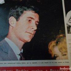 Coleccionismo de Revista Hola: RECORTE DE REVISTA HOLA DE 1963 ARTICULO SOBRE ANTHONY PERKINS. . Lote 159610454