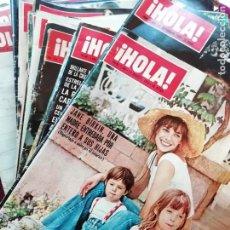 Coleccionismo de Revista Hola: HOLA. LOTE DE 15 REVISTAS DE 1971 A 1975. Lote 166404322