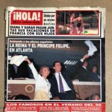 Coleccionismo de Revista Hola: ¡HOLA! N° 2712 (AGOSTO 1996). EL LITRI Y EUGENIA MARTÍNEZ, PHILIPPE JUNOT Y MARTA CHAVARRI,.... Lote 170069312