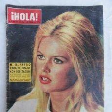 Coleccionismo de Revista Hola: REVISTA HOLA Nº 1012 18-01-1964. PORTADA BRIGITTE BARDOT.. Lote 170447520