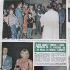 Coleccionismo de Revista Hola: RECORTE REVISTA HOLA Nº 1994 1982 ALAIN DELON Y MIREILLE DARC. Lote 177271937