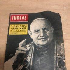 Coleccionismo de Revista Hola: HOLA. Lote 181110320