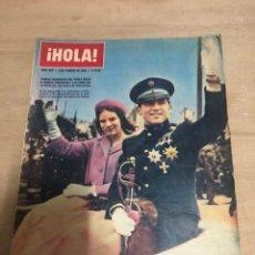 Coleccionismo de Revista Hola: HOLA. Lote 181110613