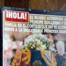 Coleccionismo de Revista Hola: HOLA Nº 2771 CON -EL ULTIMO ADIOS A LA PRINCESA DIANA -ESPECTACULAR DESPLIEGUE FOTOGRAFICO AÑO 1997. Lote 194201020