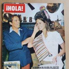 Coleccionismo de Revista Hola: HOLA Nº 1346 - DOCTOR BARNARD Y ESPOSA -13 DE JUNIO DE 1970. Lote 215465283