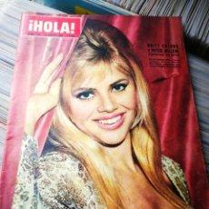 Coleccionismo de Revista Hola: REVISTA HOLA!- BRITT EKLUND Y PETER SELLERS, N°1041,1964.. Lote 218085301