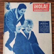 Coleccionismo de Revista Hola: HOLA Nº 808 FEBRERO 1960 B.B. SE VA A LA MONTAÑA. Lote 218314628
