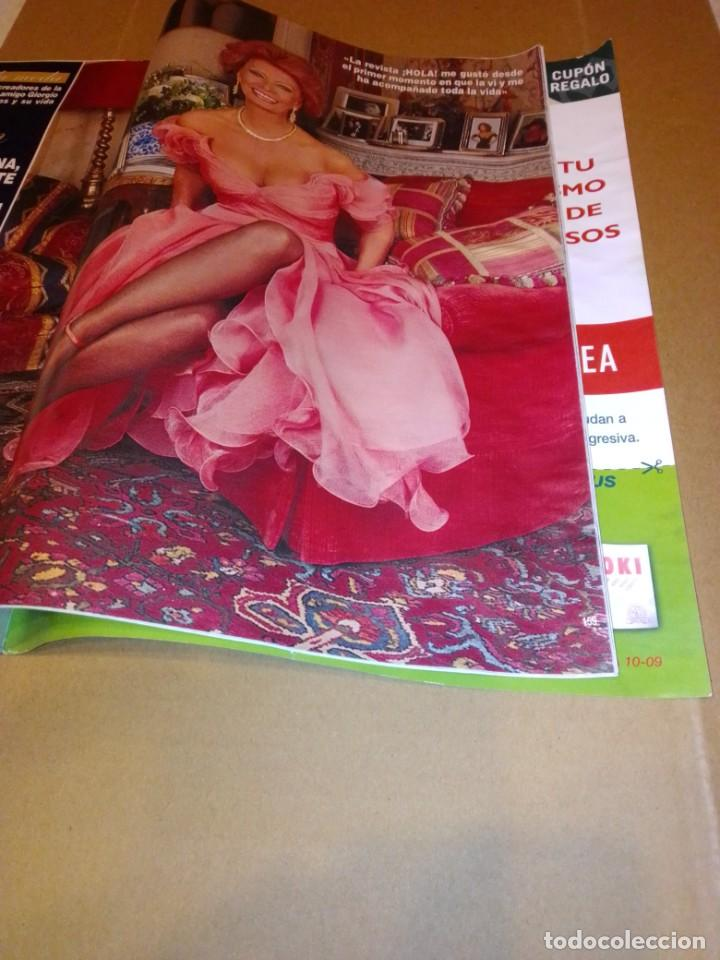 Coleccionismo de Revista Hola: Hola núm 3.659. Septiembre 2014. Isabel Preysler, Carmen Martínez-Bordiu, .... - Foto 11 - 222191747