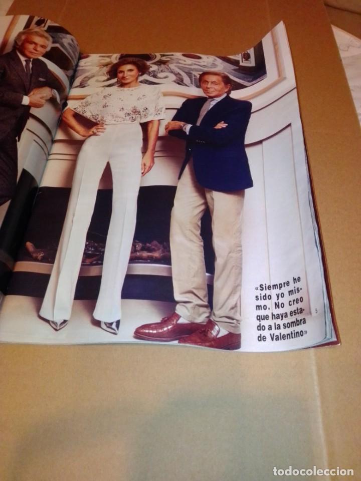 Coleccionismo de Revista Hola: Hola núm 3.614. Noviembre 2013. Príncipe George, Isabel Preysler, Don Felipe, Manolo Escobar... - Foto 2 - 222192472