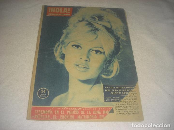 HOLA ! N. 797 . DICIEMBRE 1958 . EN PORTADA BRIGITTE BARDOT (Coleccionismo - Revistas y Periódicos Modernos (a partir de 1.940) - Revista Hola)