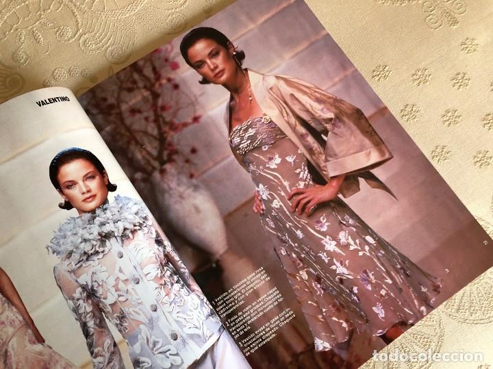 Coleccionismo de Revista Hola: Hola. Número Especial Alta Costura. Moda. Diseño. Primavera Verano 1997. Claudia Schiffer. España - Foto 3 - 225833355