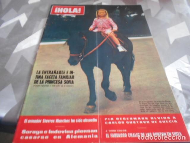 HOLA - 3-10-1970 . PATTY PRAVO 8F 2P - SYLVIE VARTAN 4F 1P - MISS ESPAÑA 5F 2P (Coleccionismo - Revistas y Periódicos Modernos (a partir de 1.940) - Revista Hola)