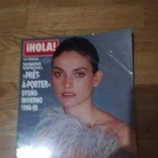 Coleccionismo de Revista Hola: HOLA. PRET A PORTER OTOÑO-INVIERNO 1998-1999. LAURA PONTE. Lote 288644648