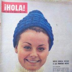 Coleccionismo de Revista Hola: ROCÍO DÚRCAL REVISTA HOLA N.1.065 ENERO 1965.... Lote 288895508