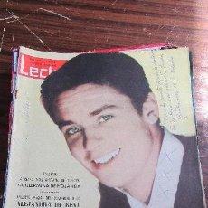 Coleccionismo de Revistas: LECTURAS DICIEMBRE 1962- ALAIN DELON Y ROMY SCHNEIDER - ALEJANDRA DE KENT. Lote 121360739