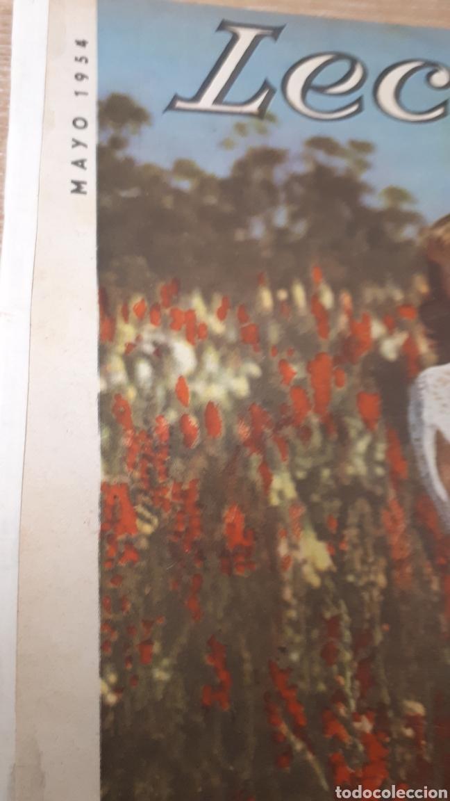 Coleccionismo de Revistas: REVISTA LECTURAS MAYO DE 1954 CON REFUERZO EN EÑ CANTO VER FOTOS DESGASTE DEL TIEMPO Y MARCAS PERFOR - Foto 2 - 197591942