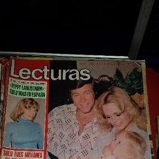 Coleccionismo de Revistas: REVISTA LECTURAS 1975 INGER NILSSON PIPPI JOSEPHINE BAKER JACKIE ONASSIS CHRISTOPHER GEORGE. Lote 232726290
