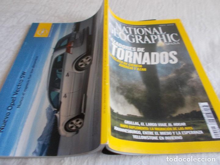 Coleccionismo de National Geographic: NATIONAL GEOGRAPHIC Abril 2004 con Mapa suplemento - Foto 2 - 101503543
