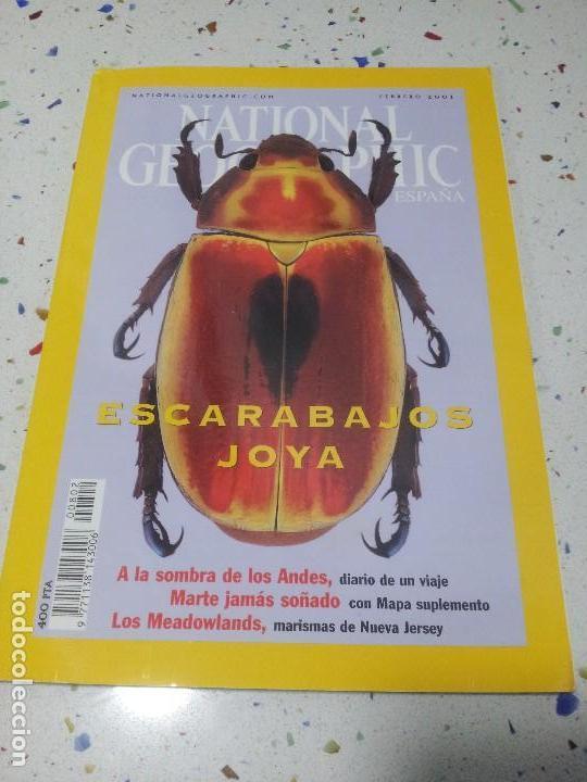 NATIONAL GEOGRAPHIC ESCARABAJOS JOYA FEBRERO 2001 (Coleccionismo - Revistas y Periódicos Modernos (a partir de 1.940) - Revista National Geographic)