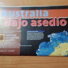 Coleccionismo de National Geographic: AUSTRALIA BAJO ASEDIO MAPA NATIONAL GEOGRAPHIC JULIO 2000. Lote 116305055