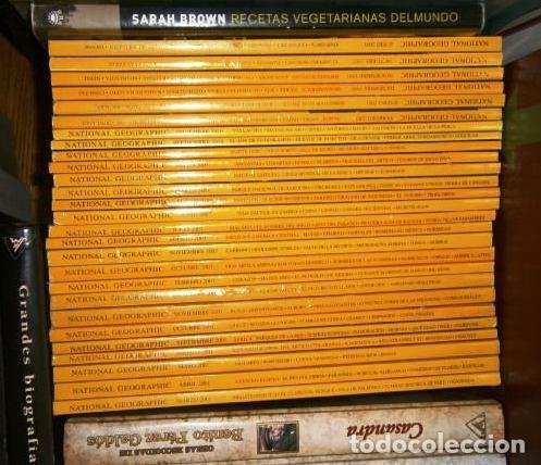 Coleccionismo de National Geographic: 12 Revistas National Geographic (Año 2003 completo) Edición original norteamericana en inglés - Foto 8 - 207876093