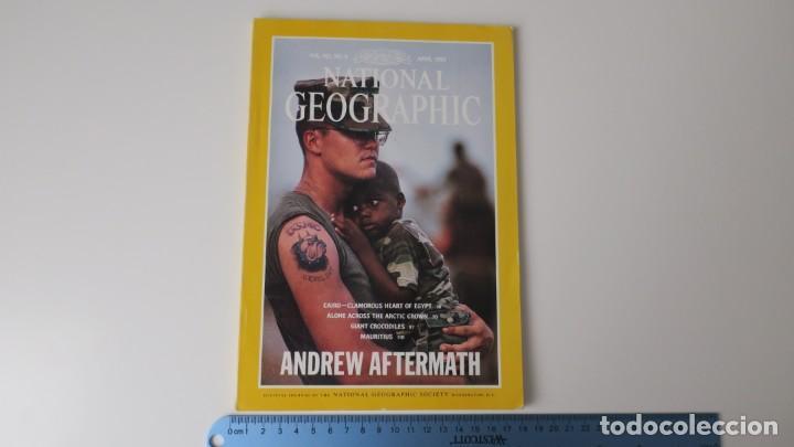 NATIONAL GEOGRAPHIC VOLUMEN 183 NUMERO 4 ABRIL 1993 INGLES (Coleccionismo - Revistas y Periódicos Modernos (a partir de 1.940) - Revista National Geographic)