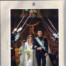 Coleccionismo de Revista Pronto: 1 ÁLBUM DE FOTOS DE LA BODA REAL FELIPE Y LETIZIA, DE LA REVISTA PRONTO- FALTA 1 FOTO LA Nº 12-. Lote 52003043