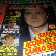 Coleccionismo de Revista Pronto: TERRIBLE ACCIDENTE DE CAMILO SESTO AÑO 1984. Lote 77617953