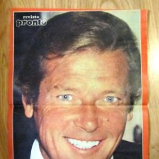 Coleccionismo de Revista Pronto: POSTER REVISTA PRONTO ROGER MOORE. Lote 121559663