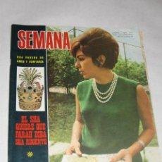 Coleccionismo de Revistas y Periódicos: SEMANA Nº 1415 DE 1/04/67. EL SHA QUIERE QUE FARAH DIBA SEA REGENTE. BODA DE ARTURO FERNÁNDEZ. Lote 24466021