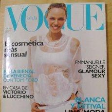 Coleccionismo de Revistas y Periódicos: REVISTA VOGUE ESPAÑA - AGOSTO 1999 - EMMANUELLE SEIGNER, GLAMOUR SEXY. Lote 23283381