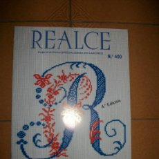 Coleccionismo de Revistas y Periódicos: REVISTA REALCE PUNTO DE CRUZ - LETRAS PARA BORDAR - NUEVO. Lote 33579578