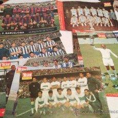 Coleccionismo de Revistas y Periódicos: GRAN LOTE DE 25 LAMINAS DEPORTIVAS DE EL PERIDICO EL ALCAZAR (FUTBOL). Lote 36319941