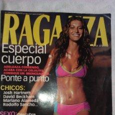 Coleccionismo de Revistas y Periódicos: RAGAZZA Nº 128 JUNIO 2000 - LOS 27 BAÑADORES Y BIQUINIS QUE MEJOR SIENTAN. Lote 37560048